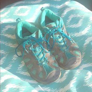 Kids Merrill hiking boots size 2